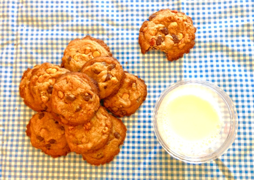 Salty & Sweet Bacon Caramel Chocolate Chip Cookies